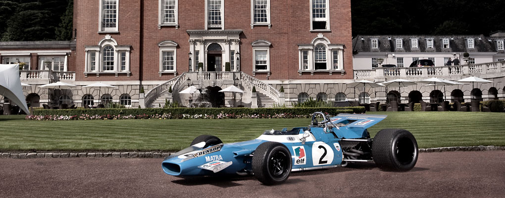 Blue race car